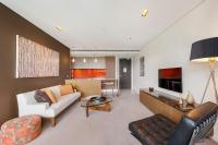 Camperdown Self-Contained Modern One-Bedroom Apartment (608ST)