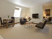 Suffolk Lane Apartment by BridgeStreet