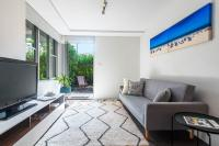 Paddington Garden Apartment