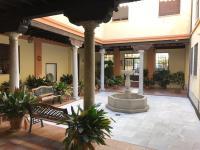 Palacio Del Siglo Xvi En El Centro De Granada