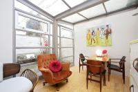 Notting Hill Chic Bright Apartment