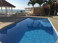 Amplia casa de playa con preciosas vistas y piscina