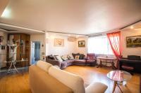 Apartment on Generala Tukhachevskogo 58-3