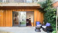 Romantic Bungalow in Notting Hill