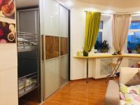 Apartment on Levo-Bulachnaya 16