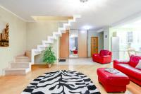 Golden square - Two-level Apartment !