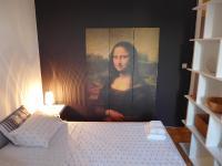 Mona Lisa Apartment