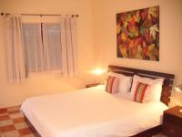 Patong Peace Hostel