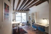 Saint Denis Apartment