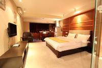 Chengdu Comma Apartment Hotel - Xinian Branch