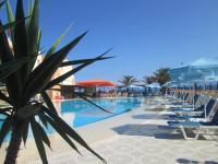 Ninos On The Beach Hotel