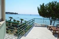 Casa Vacanze via Taormina 8