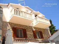 Apartments & Rooms Antonijela