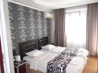 Hotel Golden Fish