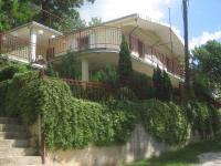 Apartments Cvitini Dvori Garjak