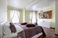 Апартаменты на Невском «Петр Великий»