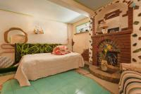Kyzyl-Armeyskaya Guest House