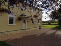 Killarney Self Catering - Rookery Mews Apartments
