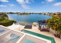 Broadbeach Waterfront Holiday House
