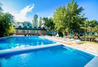 Курортный отель Дельфин