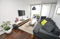 Darlinghurst Self-Contained Modern One-Bedroom Apartment (313 BUR)