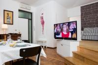 Nerino Halldis Apartments
