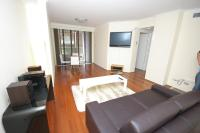 Pyrmont Self-Contained One-Bedroom Apartment (42HAR)