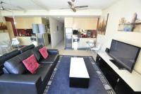 Pyrmont Self-Contained Modern Studio Apartment (706JB)
