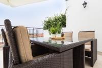 Roof terrace flat