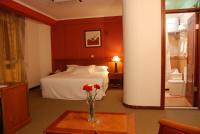 Adot Tinna Hotel