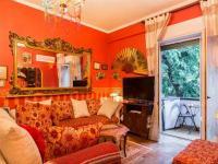 Romantic & Artistic Apartment