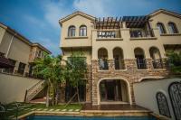 Yalongbay Private Villa