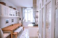 Renovated charming apartment