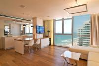 Luxury Apartments In Herzelia