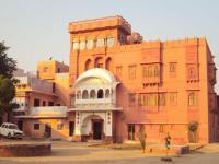 Hotel Tordi Palace - 100 km Jaipur