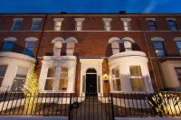 Giant Serviced Apartments Cliftonville House