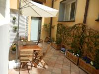 Your home and terrace in Santa Croce