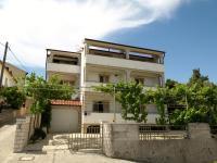 Apartments Biserka