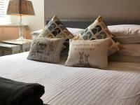 Castle View Bed & Breakfast