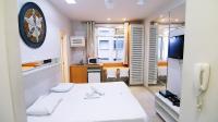 Rio's Spot Apartment C013