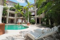 Luxury pool view beach access - M16