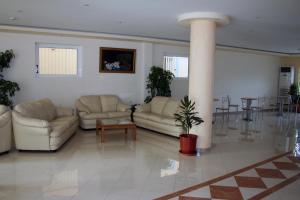http://r-ec.bstatic.com/images/hotel/max300/100/10080022.jpg