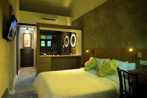 the yard boutique hotel http www booking com hotel my the yard