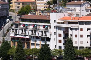 Hotel Amaranto - Image1