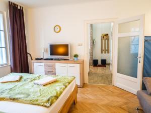 TV/trung tâm giải trí tại Vagohid30 Apartment