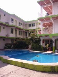 Bungalows islas careyes los ayala mexico for Hotel villas corona en los ayala nayarit
