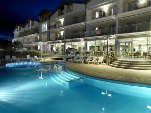 Residence casa del mar roseto degli abruzzi for Hotel giardino 3 stelle roseto degli abruzzi te