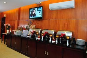 Feodora Airport Hotel   picture