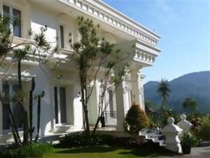 The Poencer Hotel   offer hotels