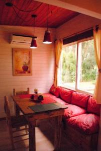 Espaço para refeições na casa de temporada